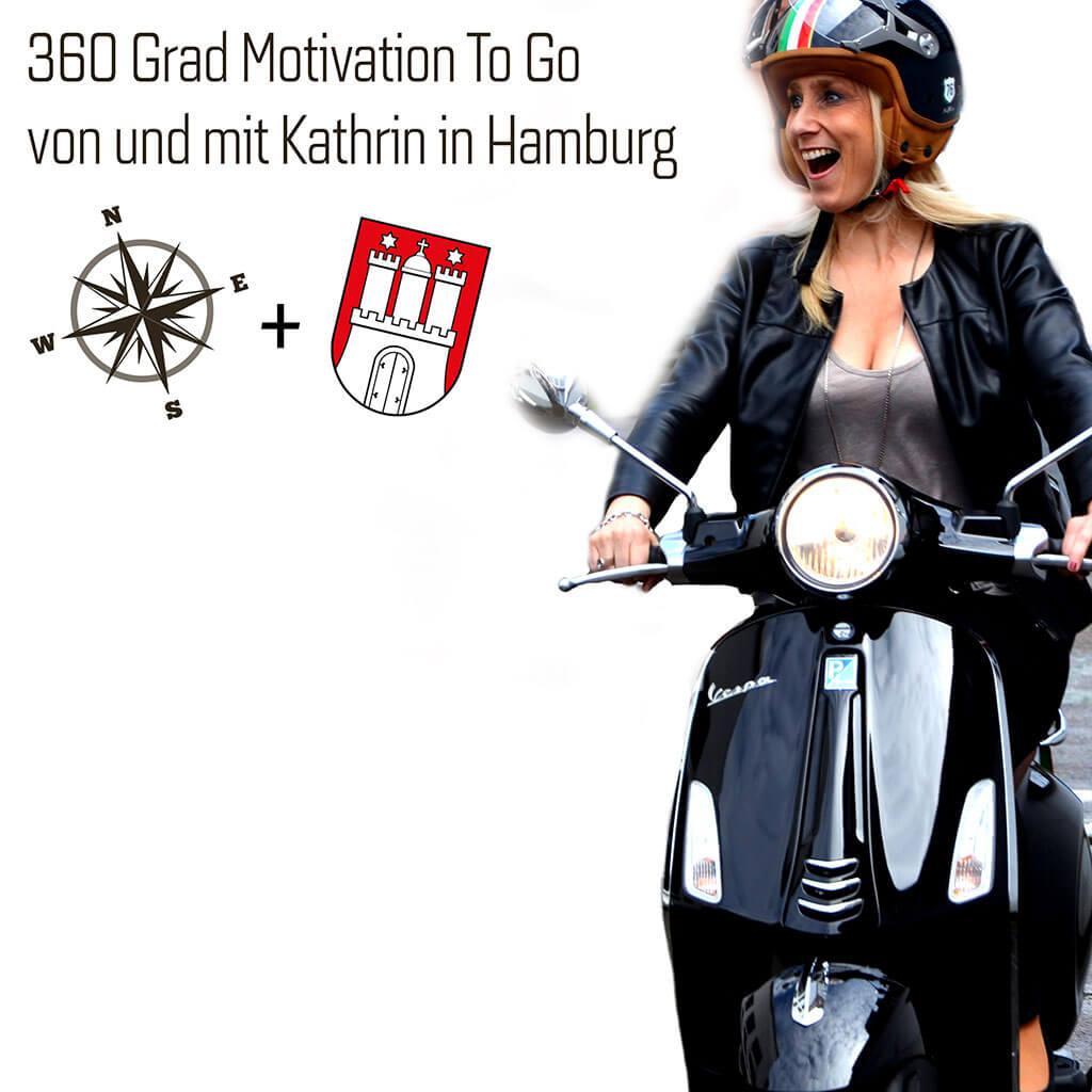 Kathrin auf ihrem Roller. 360 Grad Motivation To Go!